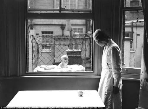 window baby