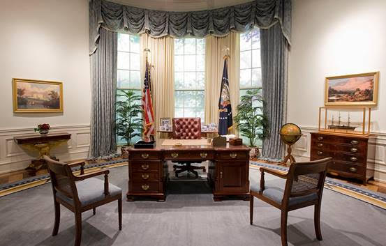 white house desk