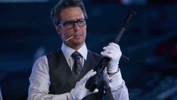 Justin Hammer holding gun